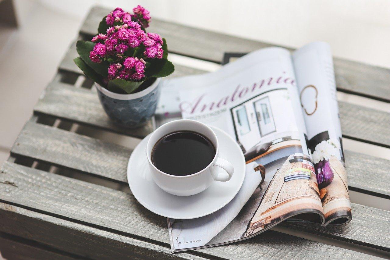 Springtime Coffee Recipe: Iced Lavender Vanilla Latte