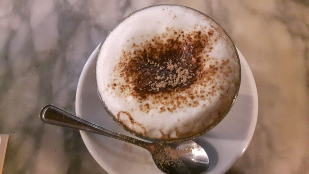 5 Easy Latte Recipes to Enjoy At-Home
